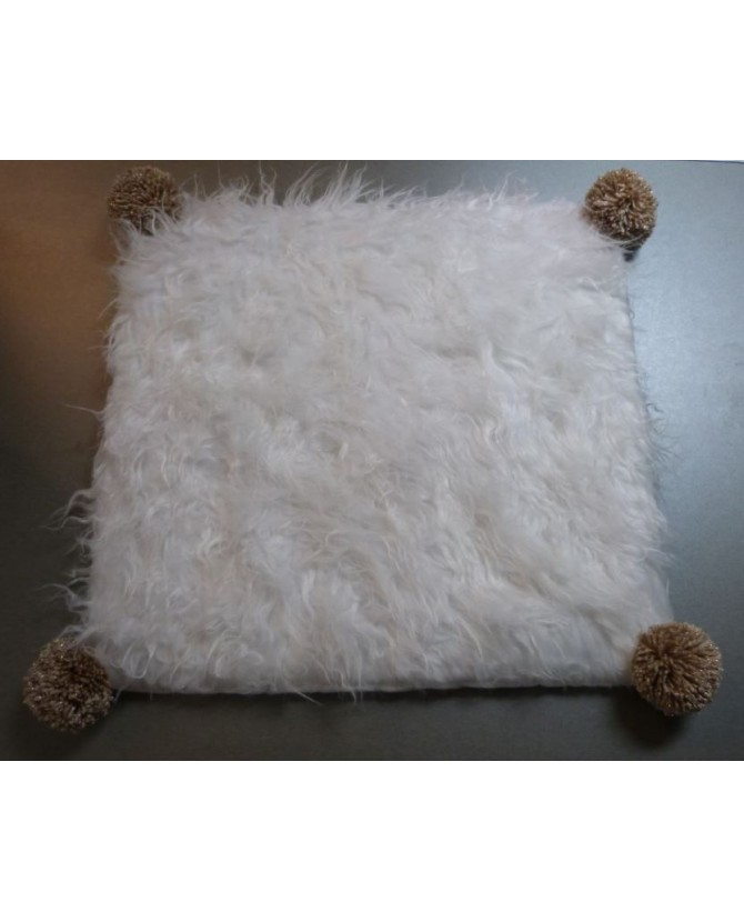 coussins pour chat couchage chat - Coussin pour chat blanc et doré Pomponette Chez Anilou 12,00€