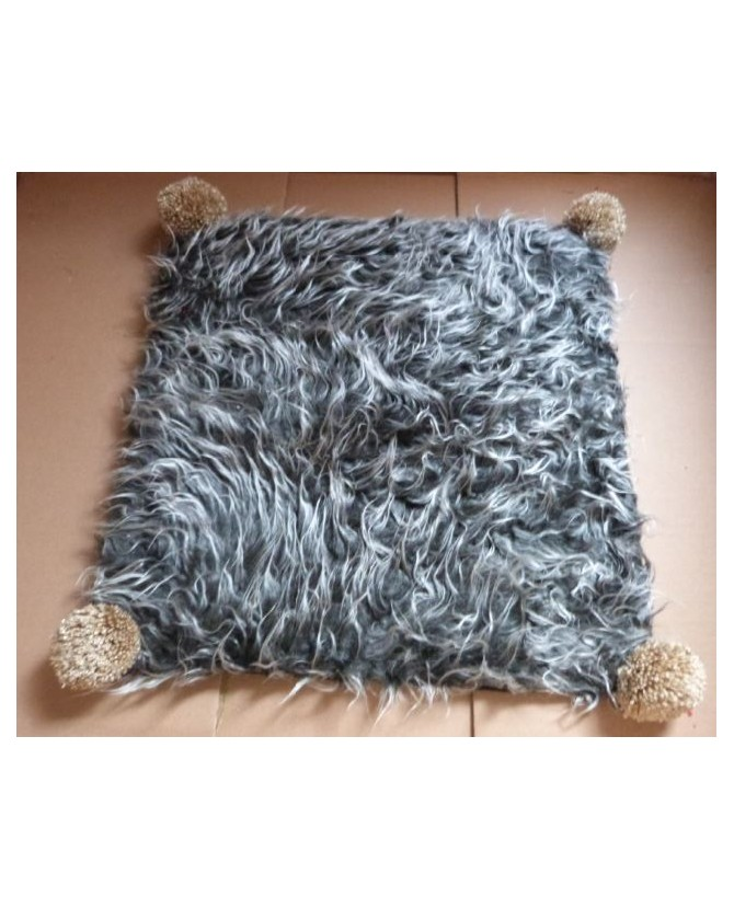 coussins pour chat couchage chat- Coussin pour chat gris et marron Bichette Chez Anilou 12,00€