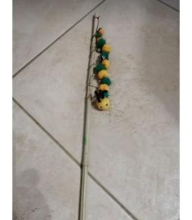 Canne à chat jouet chat - canne avec mille patte jaune et vert Chez Anilou 7,00€