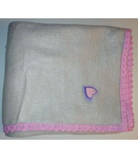 Tapis pour chien ou chiot Tapis chien doublé molletonné motif coeur 75 x 62 cm Chez Anilou 12,00€
