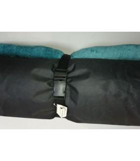 Coussins pour chien ou chiot Coussin pour chien de voyage turquoise et noir 84X65 cm Chez Anilou 24,00€