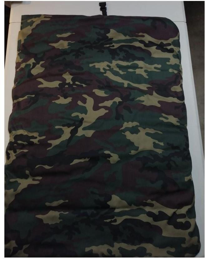 Coussins pour chien ou chiot Coussin pour chien de voyage camouflage et noir 80*64 cm Chez Anilou 23,00€