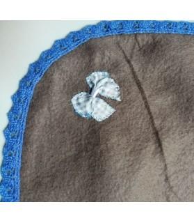 Tapis pour chien ou chiot Tapis chien marron molletonné double épaisseur 75 * 62 cm Chez Anilou 12,00€
