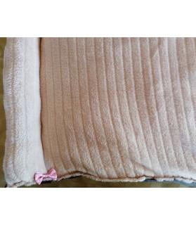 Coussins pour chien ou chiot coussin chien rose et bordeaux 2 boudins 93 x 56 Chez Anilou 19,00€