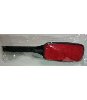 Accessoires Z'humain Brosse auto nettoyante noir et rouge  7,00€